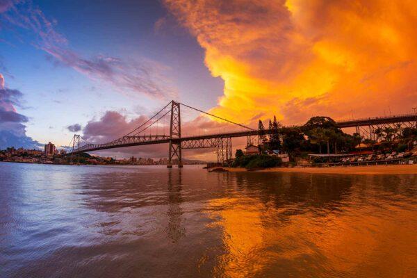 Pôr do sol na Ponte Hercílio Luz Florianópolis Março 2021