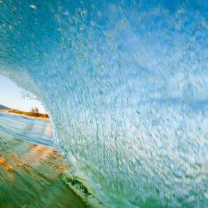 Nascer do so, dentro da onda