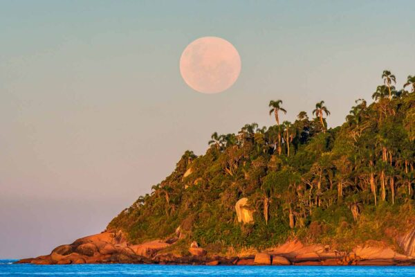 Lua cheia na praia do Campeche - Florianópolis